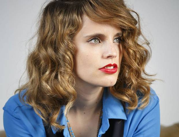 Anna Calvi: a boring person dressed up as an interesting person